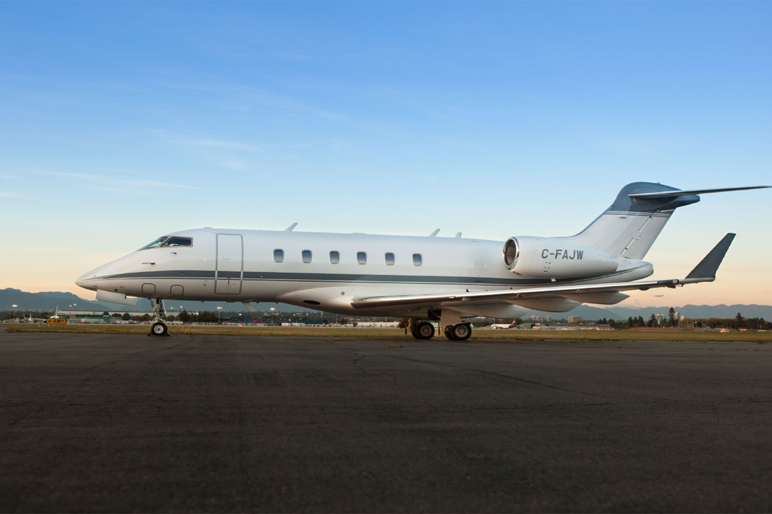 BTR Air Charter's Challenger 300 Super Midsized Jet